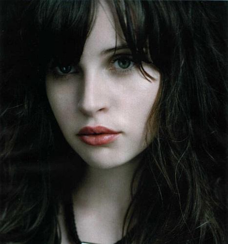 http://www.ekranka.ru/pics/top_felicity-jones.jpg